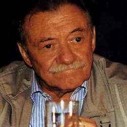 Mario Benedetti. Falleció el 17 de mayo, a los 88 años
